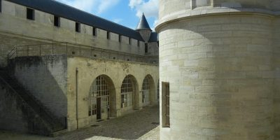 Courtyard of the Château de Vincennes/Naomi Reichstein photo