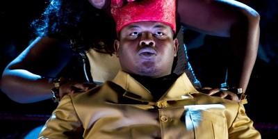 Owen Metsileng as Macbeth and Nobulumko Mngxekeza as Lady Macbeth in a Congolese setting of Verdi, production by Third World Bunfight/photo by Nicky Newman